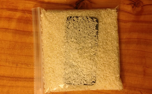 iphone in rice plastic zipper bag
