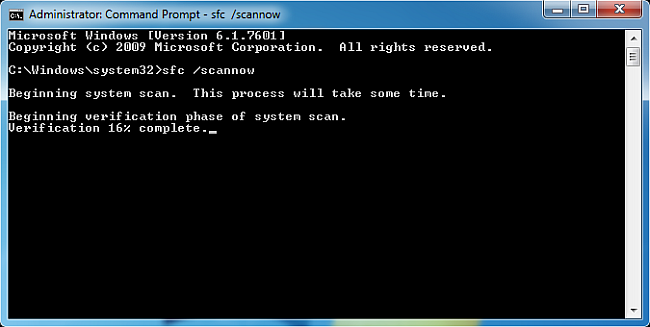 execute sfc scannow in command prompt window