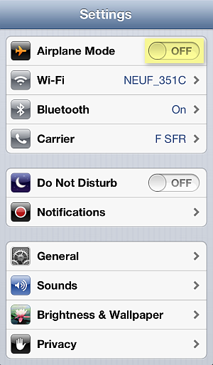 disable airplane mode on iphone